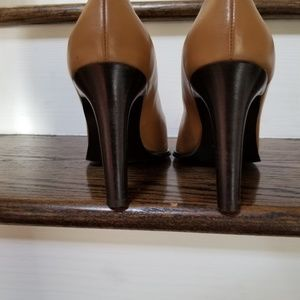 Rivista Shoes - Sophisticated Rivista Italian Leather Pumps